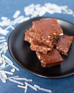 Chocolate mint hemp protein bars