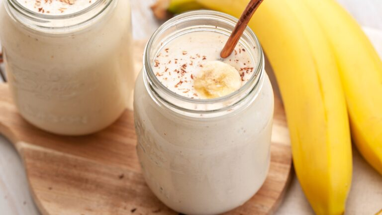 BANANA HEMP SMOOTHIE